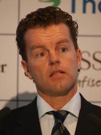 Dr. Henning Kreke