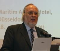 Erläuterte vor Pressevertretern die Entwicklung der Branche: Verbandspräsident Reinhard D. Wolf