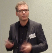 Kosmetik 2011: Dr. Stefan Kraus, Inhaber der DrKraus Apotheke