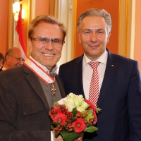 Ehrung am 1. Oktober im Berliner Rathaus Rene Koch bekommt Verdienstorden