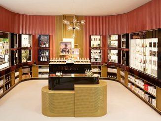 Douglas eröffnet Berliner Flagship Store Unter den Linden 16 in Berlin. [Bild: (c) Alexander Gnädinger]
